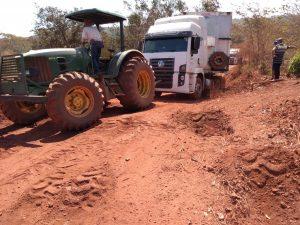 Na seca, problemas de logística no Vale do Araguaia são atoleiros na areia