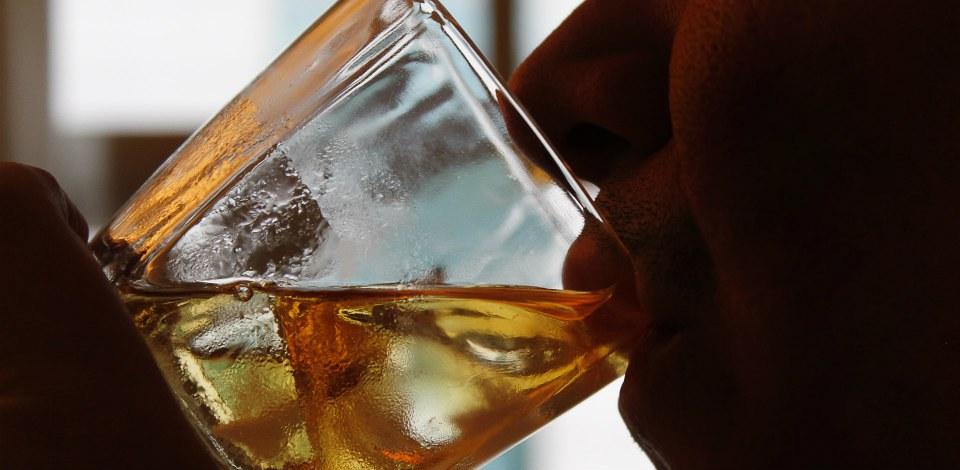 alcoolismo-na-fazenda